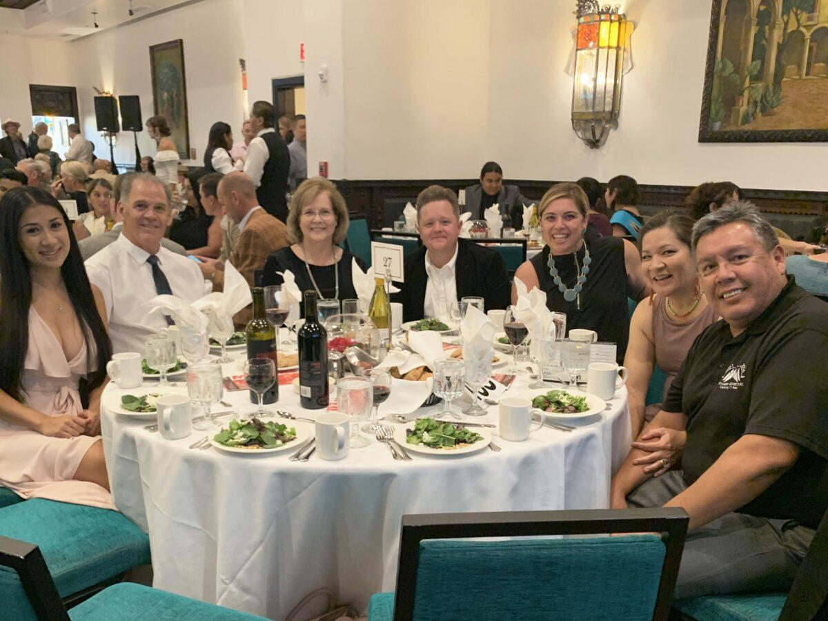 Dyron Muphy Architects team having dinner at the 2019 IAIA Gala